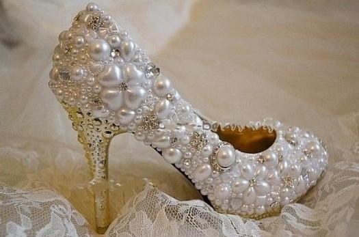 صور أحذية للعرايس 2014 - صور كنادر للعروس 2014 110128.png