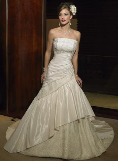 ازياء افراح 2014 , فساتين فخمة للعروس 2014 110138.png