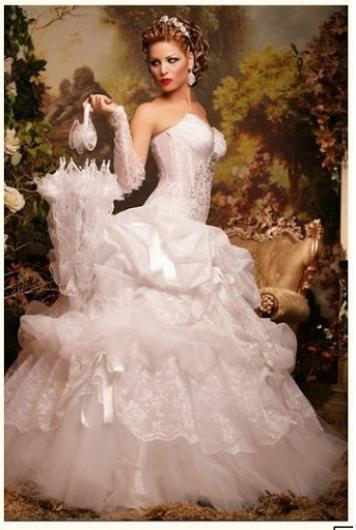 ازياء افراح 2014 , فساتين فخمة للعروس 2014 110140.png