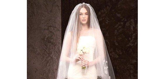 صور فساتين زفاف 2014 , فساتين بيضاء للزفاف 2014 110150.png