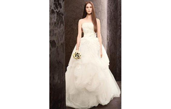 صور فساتين زفاف 2014 , فساتين بيضاء للزفاف 2014 110152.png