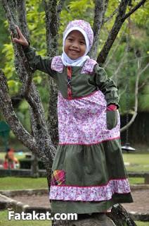 أطقم خروج للمحبات الصغيرات 2014، أزياء للمحجبات الصغار2014 110710.png