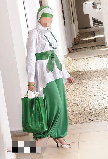 ملابس رقيقة للمحجبات 2014 - ارقى ملابس المحجبات 2014 95965.png